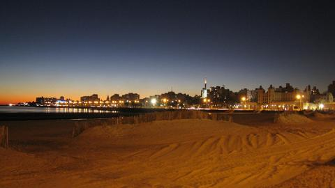 playa-en-montevideo.jpg