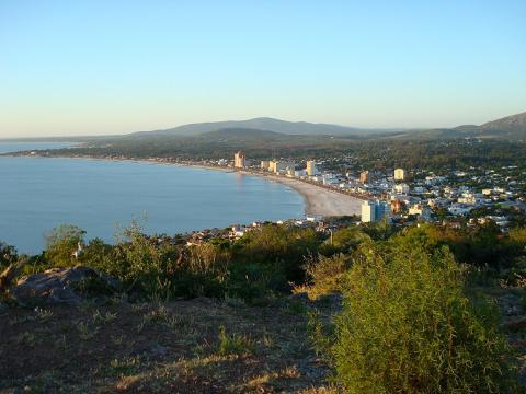 playa-piriapolis.jpg
