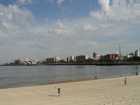 playa-uruguay.jpg